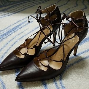 Banana Republic strappy heels, 7.5M